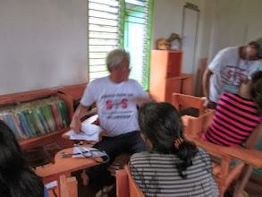 """Photo: Dr. Alex Montes, one of the """"Morong 43"""" was among the medical team who volunteered for the Samar mission"""
