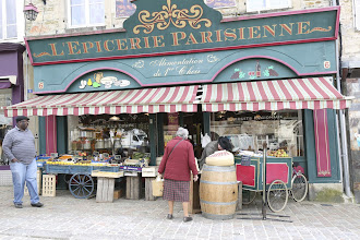 Photo: Epicerie in Briquebec
