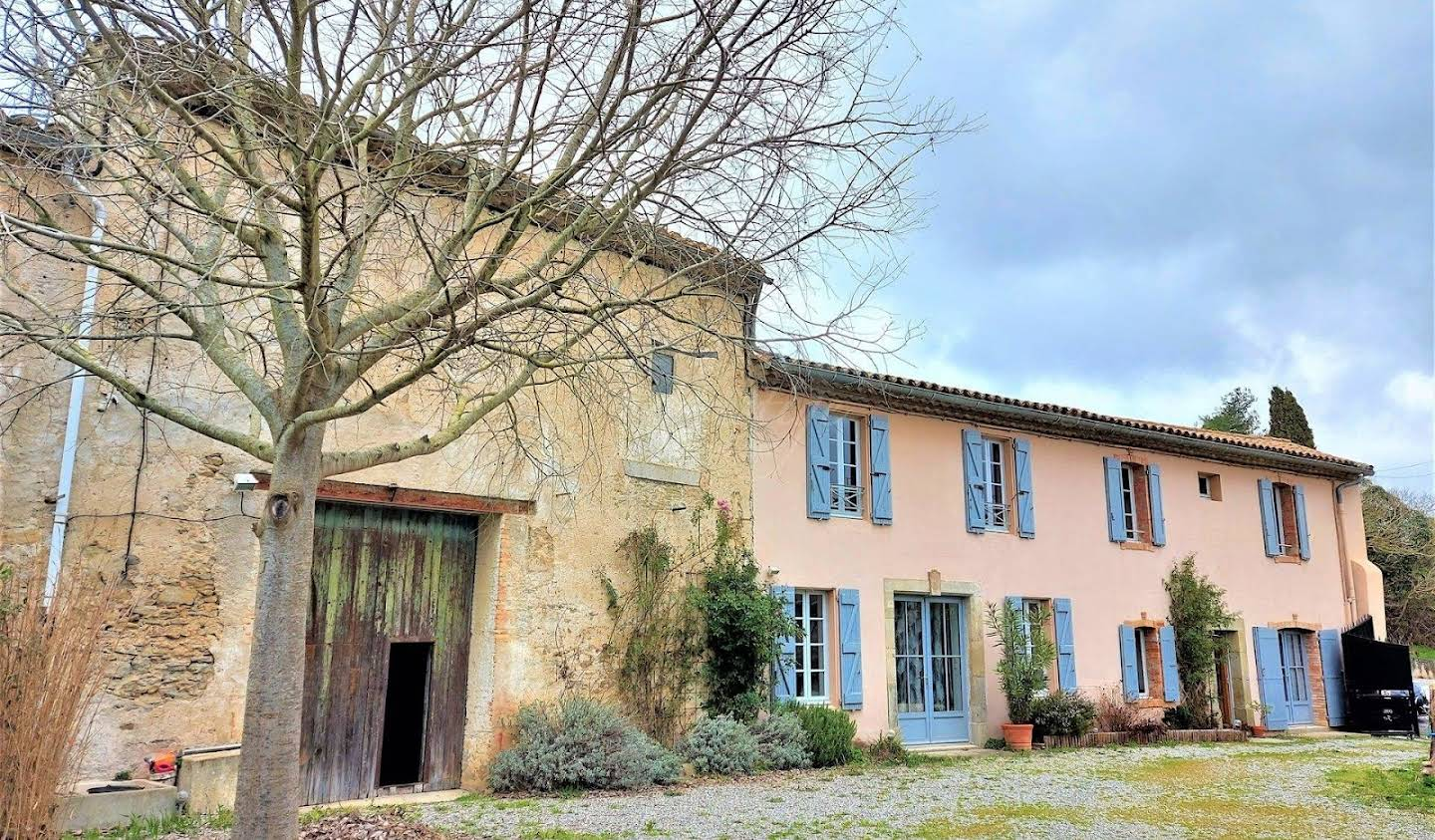 Property with garden Carcassonne