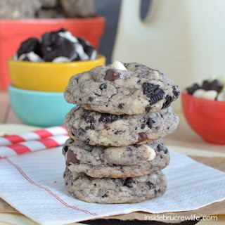 Chocolate Chip Cookies and Cream Cookies.