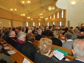 Photo: Een volle kerk