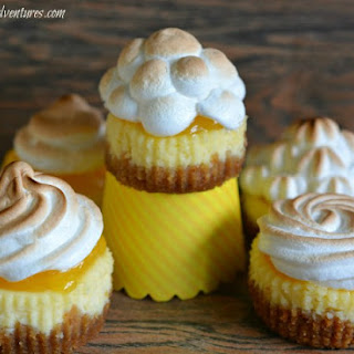 MINI LEMON MERINGUE PIE CHEESECAKES
