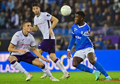 """Harwood-Bellis (Anderlecht) bekroonde sterke match bijna met doelpunt: """"Tegen zo'n 'big guy' moet je slim zijn"""""""