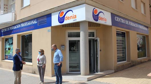 Huércal-Overa amplía la oferta formativa en el municipio con un convenio