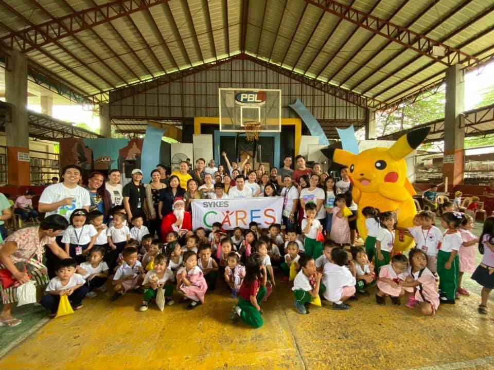 E:\Alisa\SYKES\ADOPT-A-SCHOOL\SYKES Cebu - Adopt-a-School Activity 03.jpg
