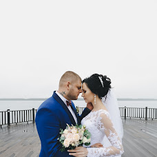 Wedding photographer Valeriy Alkhovik (ValerAlkhovik). Photo of 18.10.2018