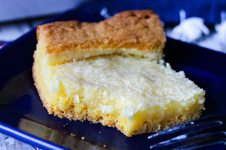 Mom's Gooey Butter Cake Recipe