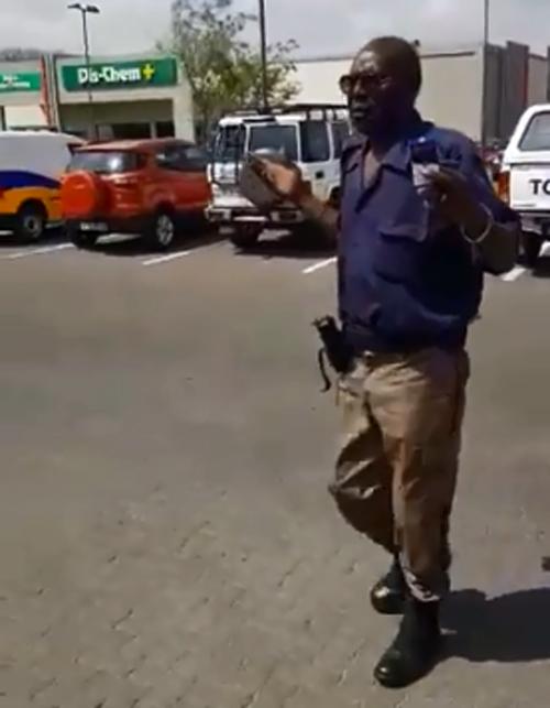 Ekurhuleni-metro skort verkeerslêer vas wat op kamera vasgevang is terwyl hy aan diens was 'dronk' - SowetanLIVE