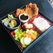Tonkatsu Bento (Breaded pork tenderloin)