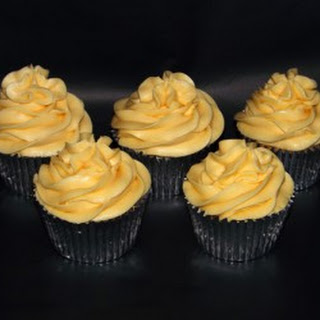 Apple & Custard Cupcakes