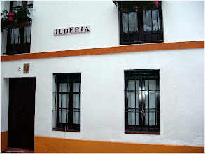 Photo: Sevilla centro histórico. http://www.viajesenfamilia.it
