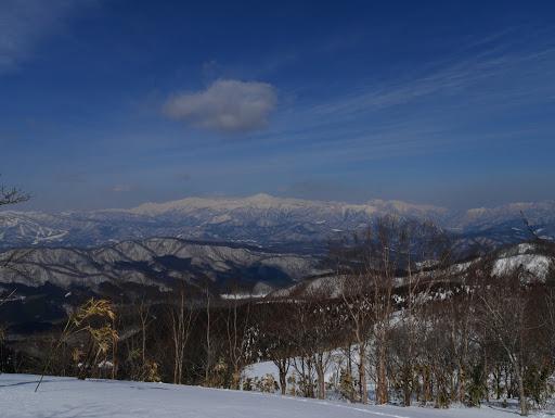オサンババ山頂部から白山