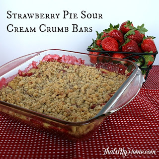 Strawberry Pie Sour Cream Crumb Bars and a Strawberry Round Up