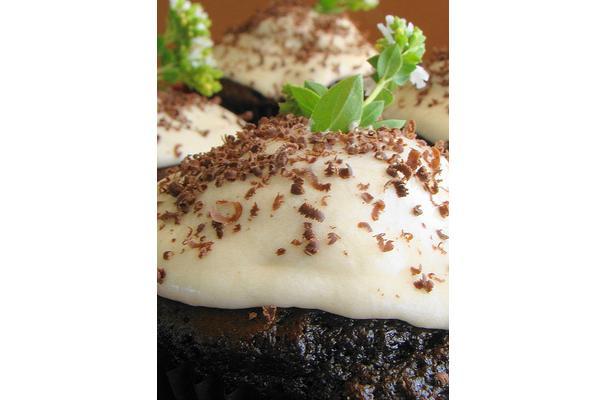 Fudge Filled Cupcakes Recipe