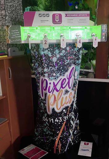 Pixel Plus partenaire création Branding déco végétale marseille la valentine atelier de branding enseigne lumineuse commerce stickers