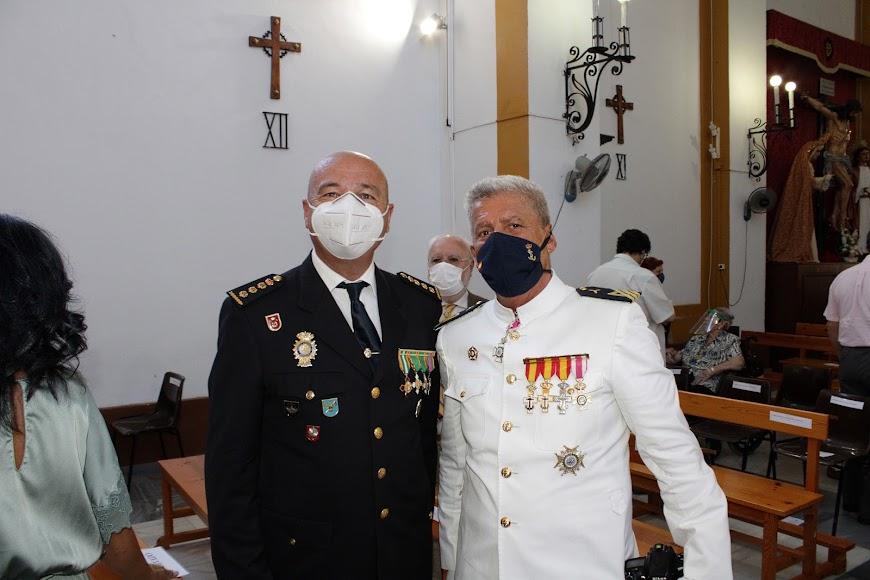 Junto al comisario provincial de la Policía Nacional, Rafael Madrona.