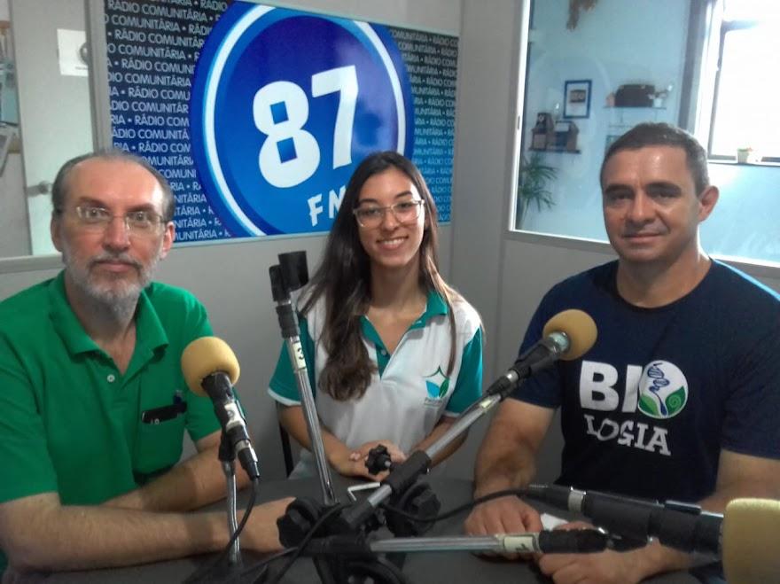 Prof. Cássio Monteiro, Gabriela De Paula e Luciano Dos Reis