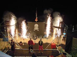 """Photo: Effetto di fuoco durante i """"Bucanieri Show"""""""