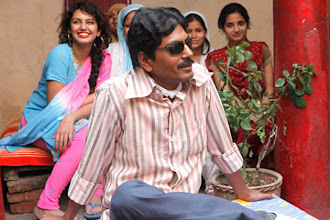 Photo: 'Gangs of Wasseypur 2' earns Rs 3 crore on the first day http://t.in.com/4q56