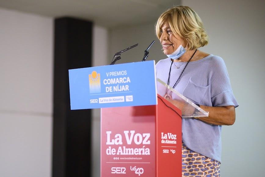 Premio Sociedad para la Fundación Esperanza Pertusa. Su presidenta, Esperanza Pertusa.
