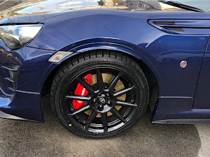 "86  GT""Limited・Black Package""・2018のタイヤのカスタム事例画像 FT-85さんの2018年12月09日17:43の投稿"