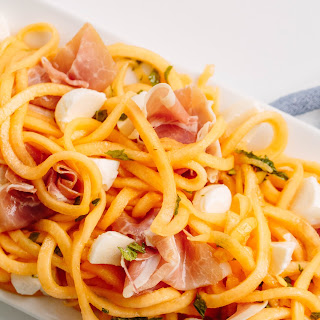 Spiralized Cantaloupe and Prosciutto Salad with Mozzarella.