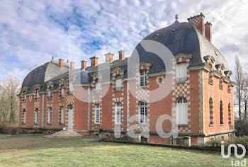 château à Roye (80)