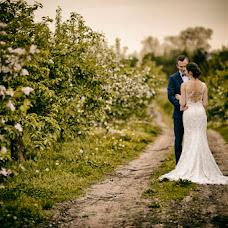Wedding photographer Wojtek Hnat (wojtekhnat). Photo of 16.04.2018