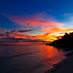 Sunset in Bira Beach by Hernan Halim - Landscapes Travel ( sunset, sunrise, bira )