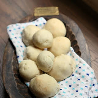 Easy Homemade Yeast Dough Bread or Buns.