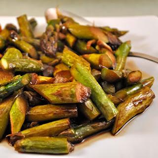 Stir-Fried Asparagus and Green Garlic