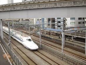 Photo: Shinkansen entering Hamamatsucho Station