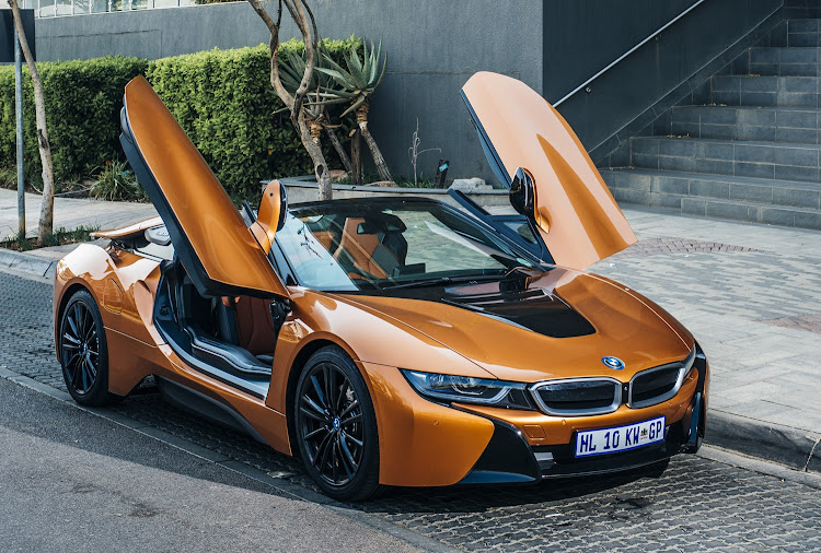 Bmw I8 Roadster Hybrid Sports Car Even More Covetable As A