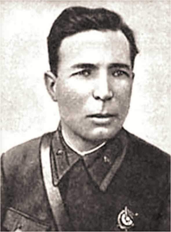 Бронников М.В. - комиссар 78 сд