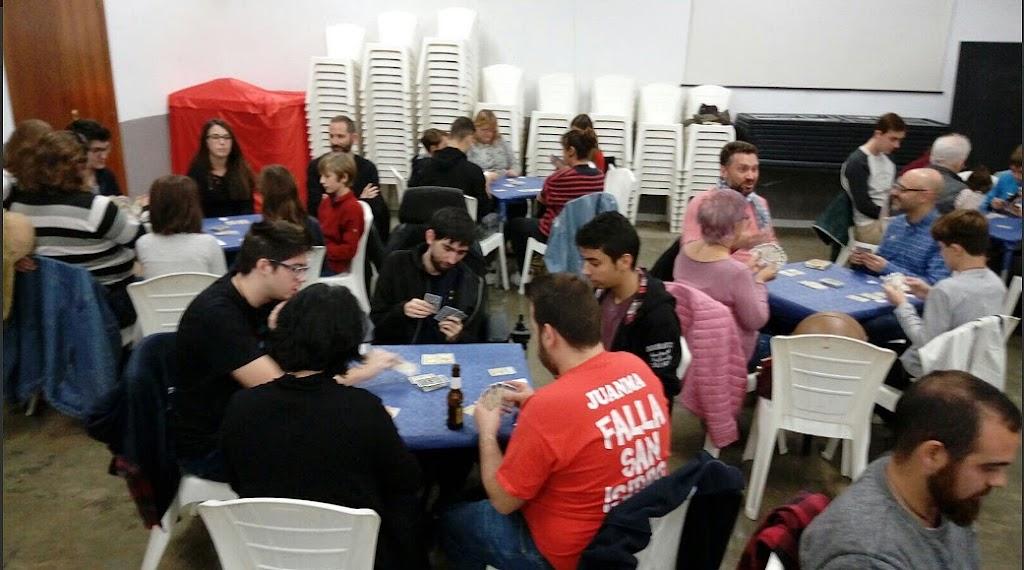 Jornada Solidaria en Barri Sant Isidre con la Asociación Conquistando Escalones.