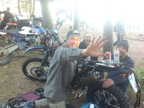 Photo: Clutch repairing at EnduroBoxer Tour 2016
