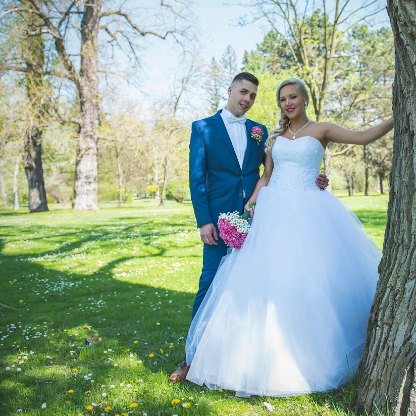 Photographers In Senica 39 Best Professional Wedding Images, Photos, Reviews