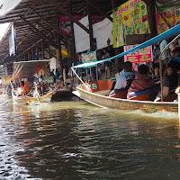 mercato galleggiante di