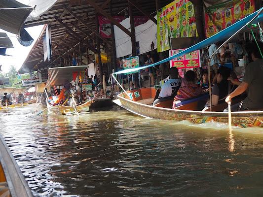 mercato galleggiante di smpaint