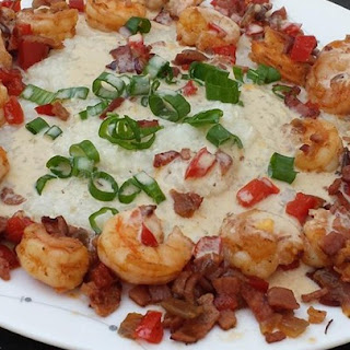 Shrimp and Grits Louisiana Style