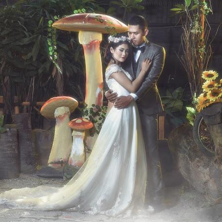 Wedding photographer Yoga Praditya (Oraclephoto). Photo of 09.09.2017