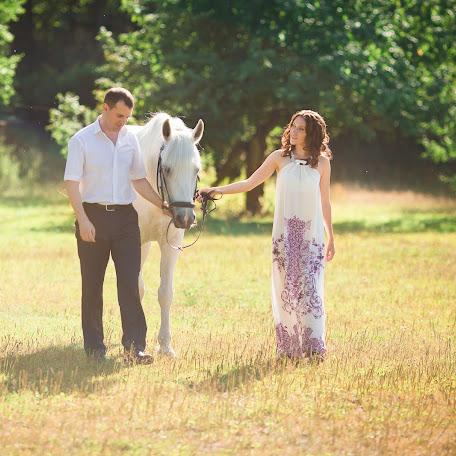 Wedding photographer Vladimir Petlik (2petlika). Photo of 19.10.2014