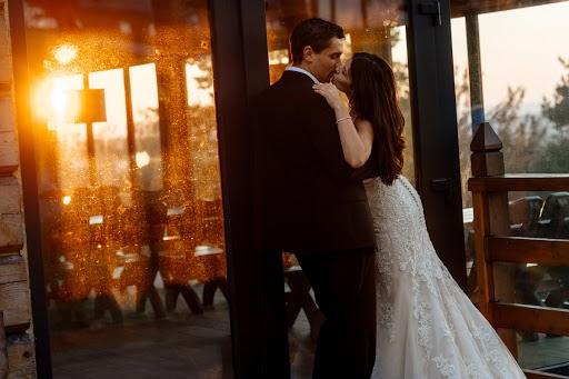 Wedding photographer Radek Kazmierczak (wildlight). Photo of 06.10.2017