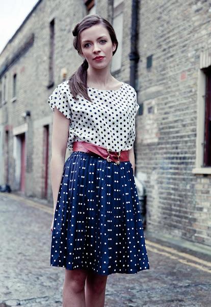 Photo: https://marketplace.asos.com/listing/skirts/vintage-pleated-polka-dot-skirt/321882
