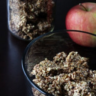 Raw Vegan Apple Cinnamon Granola