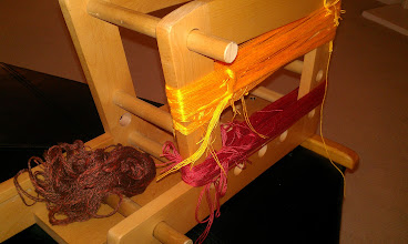 Photo: The brown yarn has been tossed in the trash. A two-color-two-ply yarn will NOT work in a Rams-horn cardweaving design.