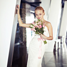 Wedding photographer Zhenya Zhdanova (zhdanovazh). Photo of 02.11.2013