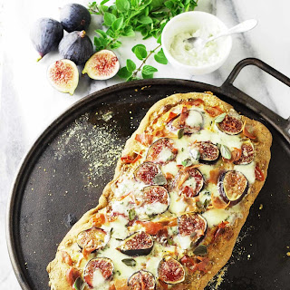Fig, Gorgonzola and Prosciutto Flatbread.