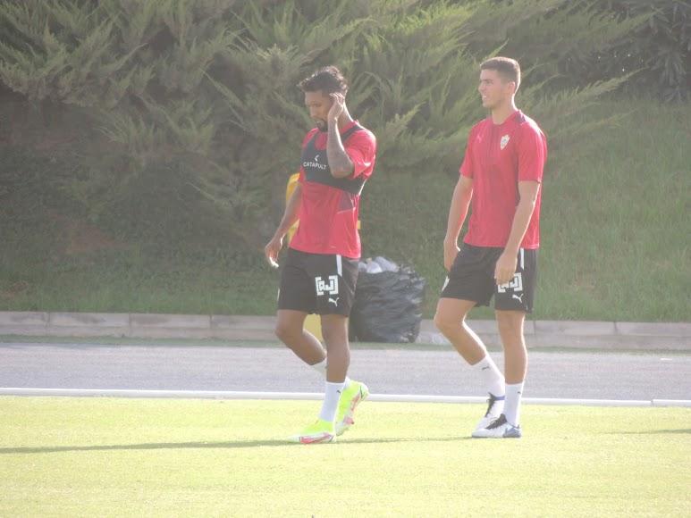 Dyego Sousa y Babic.