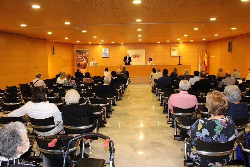Asistentes al Auditorio San Juan Pablo II.